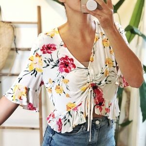 NWOT• Spring cropped blouse